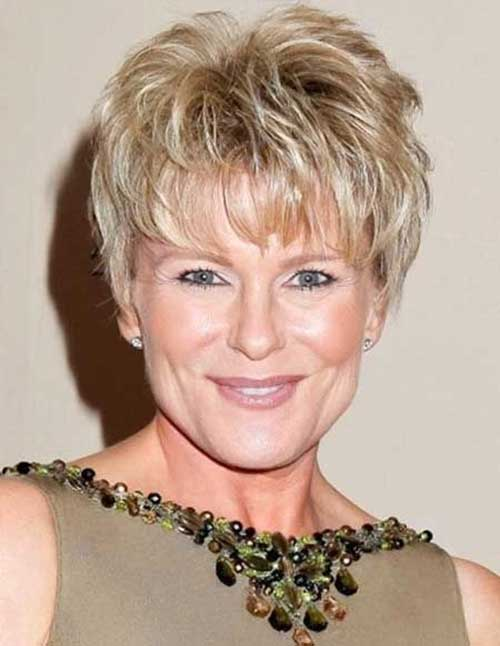 Chic Layered Short Hair for Older Women