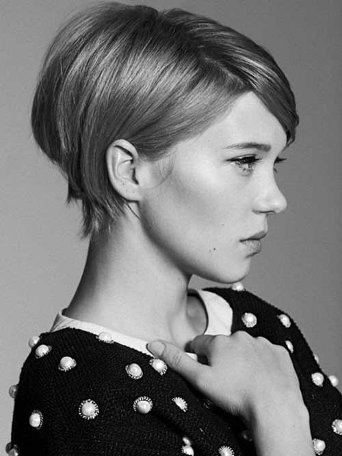 Léa Seydoux Cute Easy Hairstyles for Short Hair