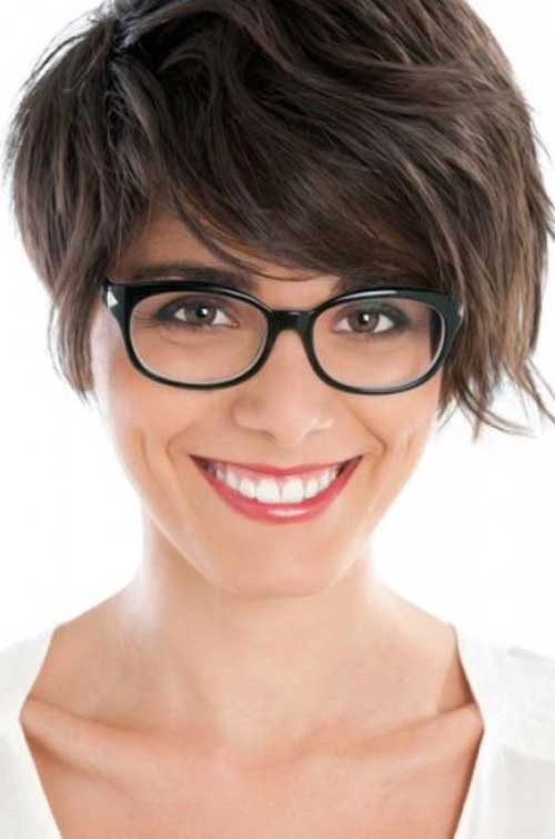 Cute Thick Pixie Short Hairstyles for Girls