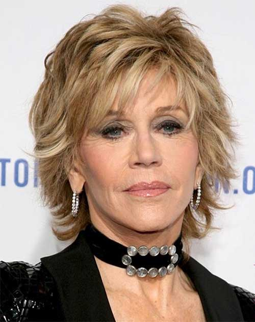 Easy Classic Short Blonde Hairstyles for Women Over 50