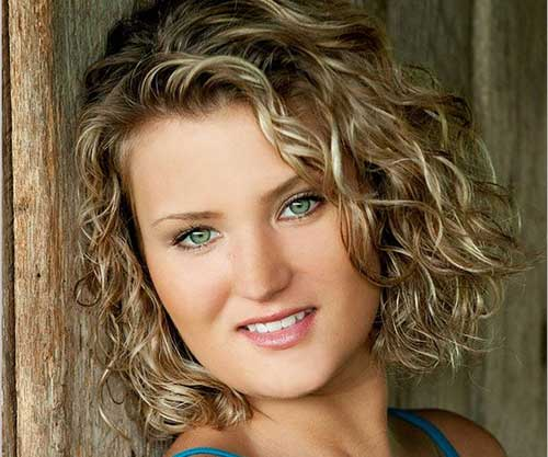 Natural Short Curly Hairstyles for Women 2015