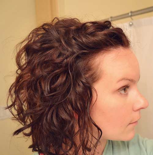 Short Curly Hair Cuts Long in Front