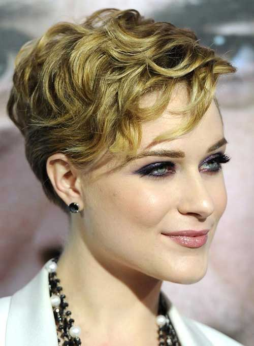 Layered Pixie Hairstyles for Curly Hair