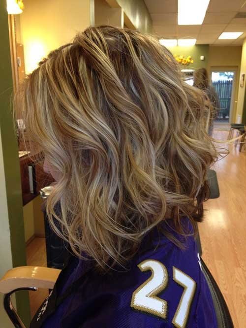 Short Brown and Blonde Highlighted Hair