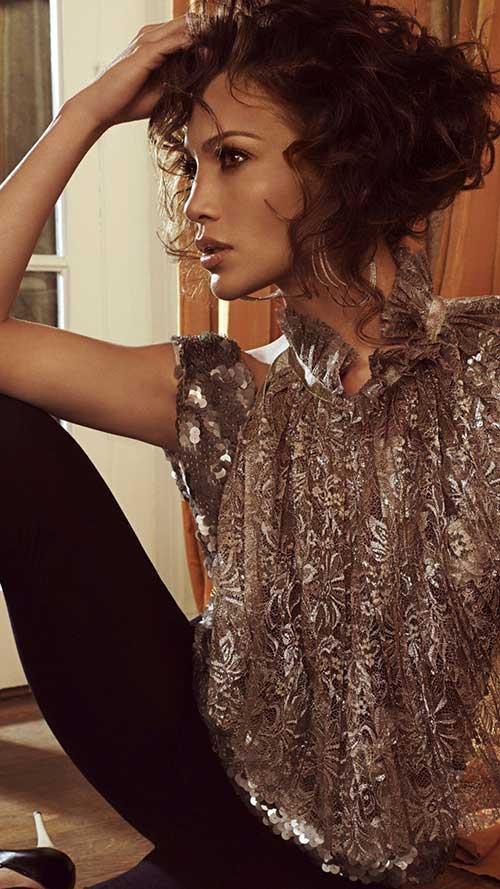 Jennifer Lopez Curly Frizzy Hair