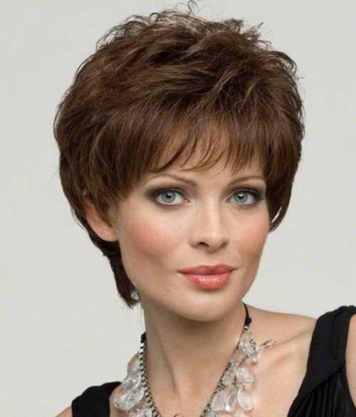 Women Over 40 Short Pixie Layered Haircuts