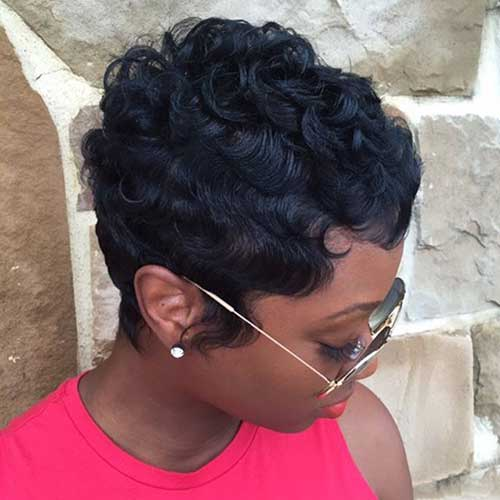 Short Hairstyles for Curly Hair-16