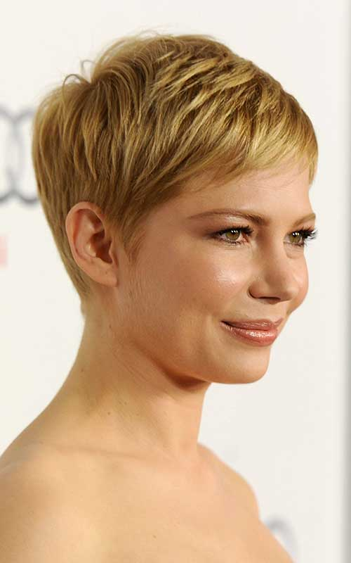 Chic Trendy Short Blonde Hair Ideas