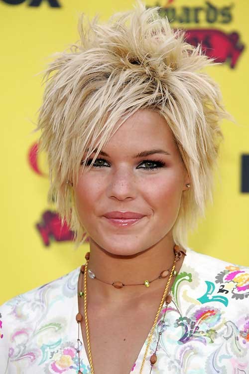 Trendy Modern Short Blonde Hair Styles