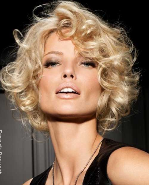 Short Haircuts for Curly Hair-19