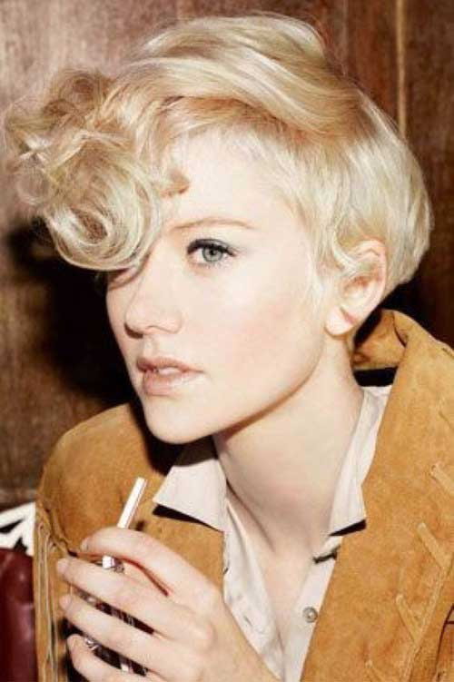 Short Haircuts for Curly Hair-24