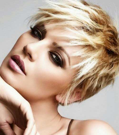 Short Choppy Haircuts-7