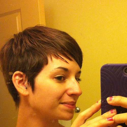 Short Haircuts for Thin Straight Hair-12