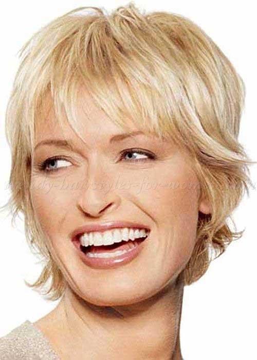 Short Hair Styles for Women Over 60-6