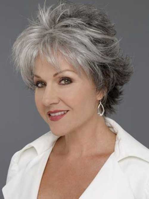 Short Hair Styles for Women Over 60-7