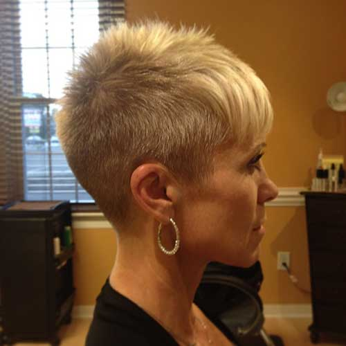 Short Hair Cuts for Women-12
