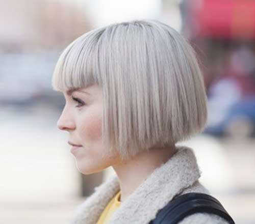 Short Straight Hairstyle-6