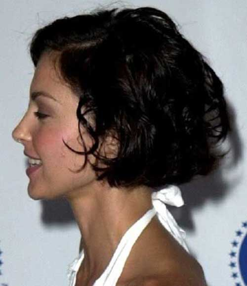 Short Haircuts for Wavy Hair-6
