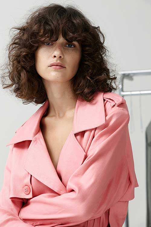 Short Hairstyles for Curly Hair-12