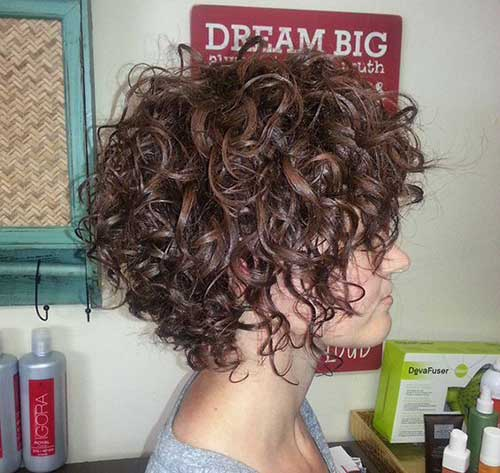 Short Hairstyles for Curly Hair-7