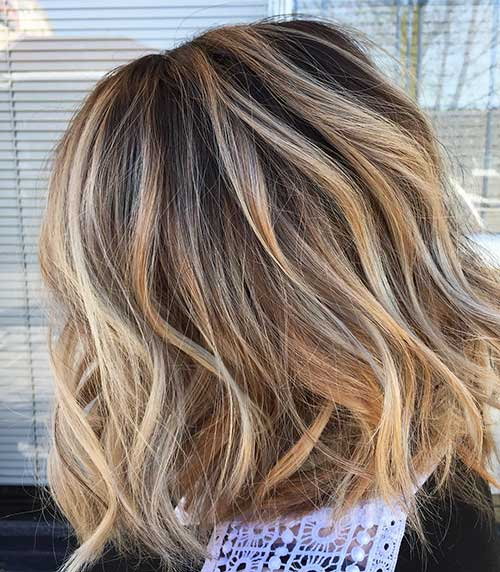 Short Wavy Hairstyle - 11