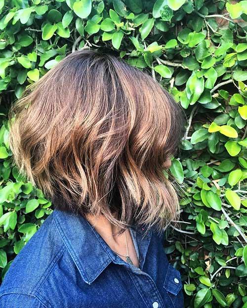 Short Haircuts Women - 15