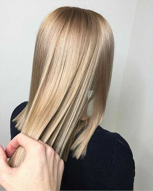 Short Straight Hairstyles - 18