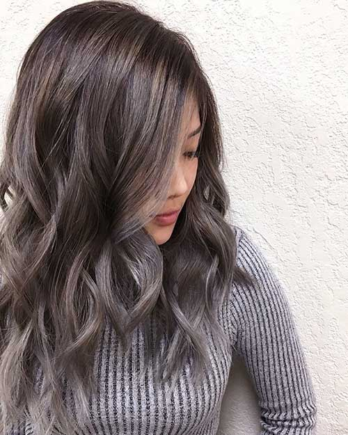 Short Silver Hairstyle - 22