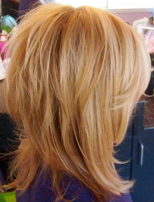 Best Medium Short Haircuts - 6
