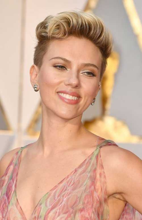 Charming Female Celebrities With Their Short Hairstyles
