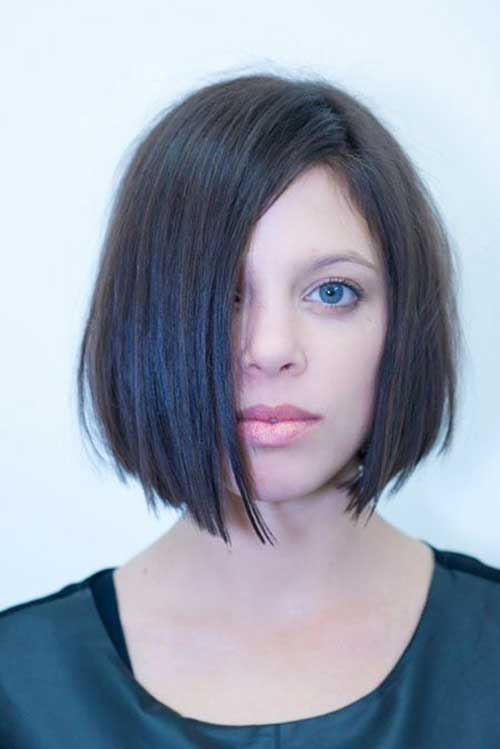 Straight Short Haircuts-15