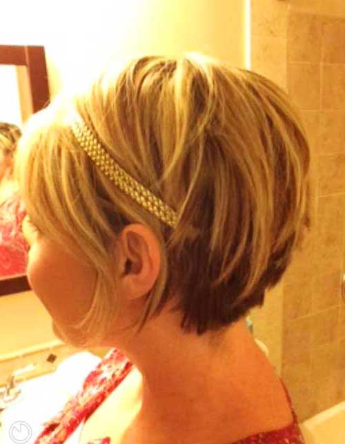 Short Layered Bob Cuts-6