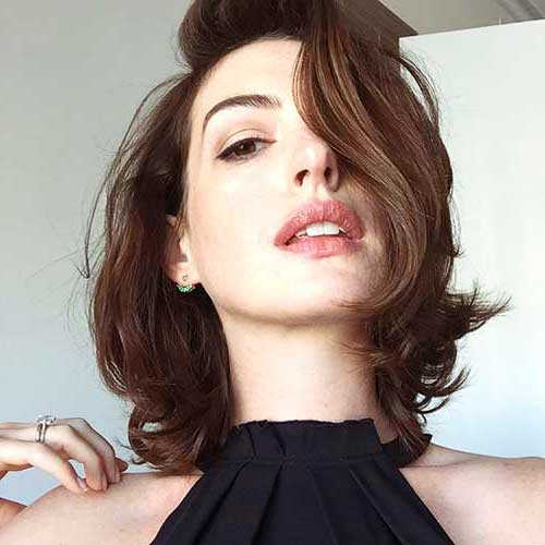 Short Hair Female Celebrities