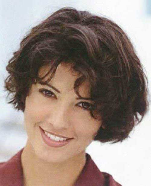 Thick Short Layered Wavy Haircuts