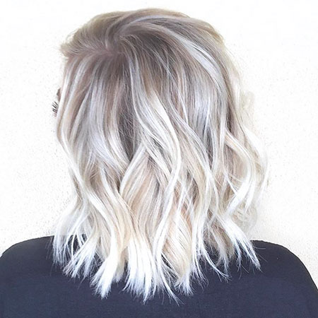 Blonde Years Balayage Straight Platinum Medium