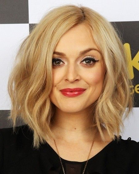 Bob Layered Blonde Wavy Medium Lawrence