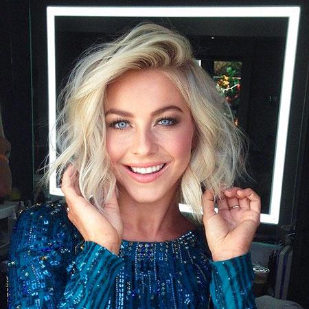 Hough Blonde V Should Makeup Julianne