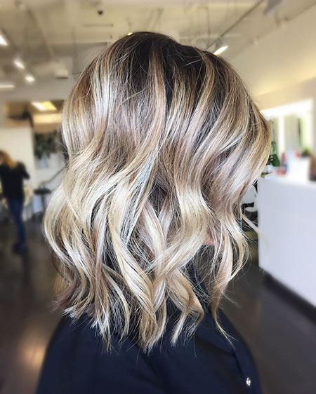Short Wavy Blonde Hair