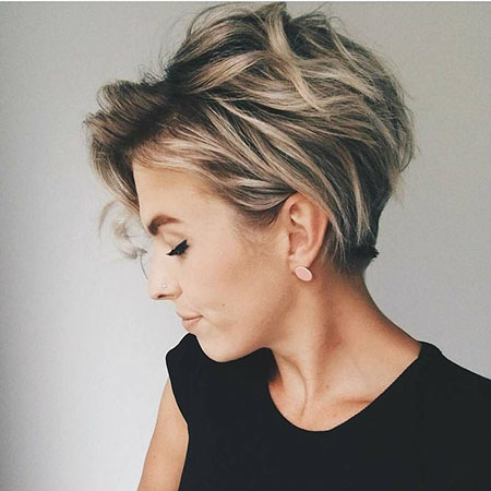 Trendy Hairtyles for Short Hair, Short Tapered Pixie Messy