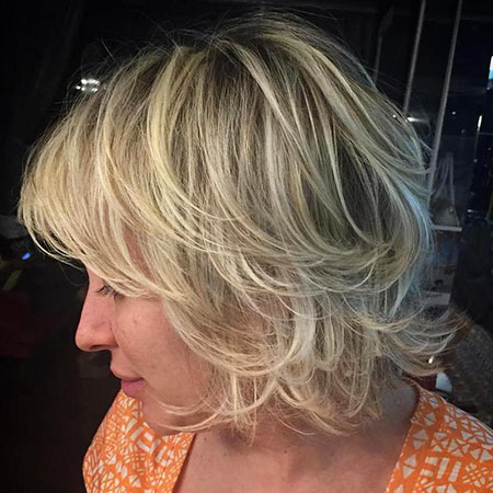 20 short layered hairstyles with bangs