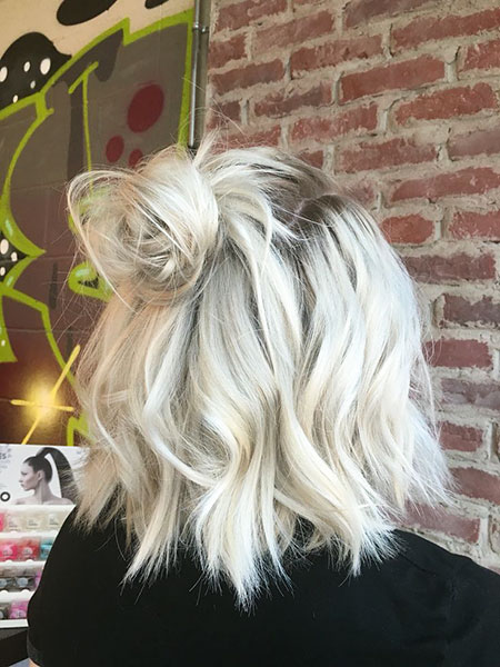 Blonde Lob Hair Platinum