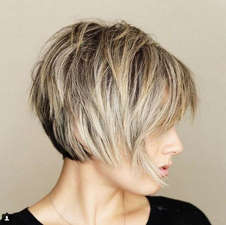 Layered Bob Blonde Balayage