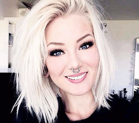 Blonde Platinum Hair Style