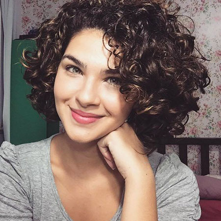 Short Hair Women Hairtyles