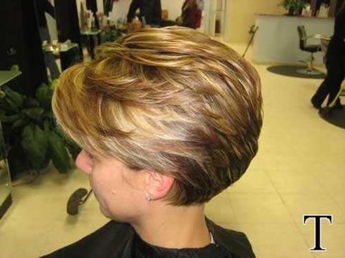 Short Layered Haircuts for Women-15