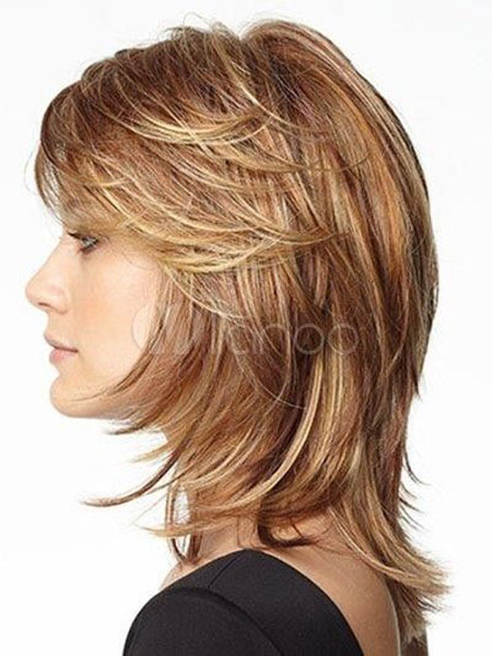 Short Hairtyles for Thick Straight Hair, Layered Bob Length Shoulder