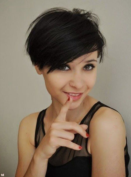 Short Pixie Hair Haircuts