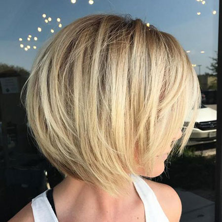 Bob Short Layered Blonde