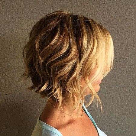 Short Wavy Bob Hairtyle, Bob Wavy Blonde Short