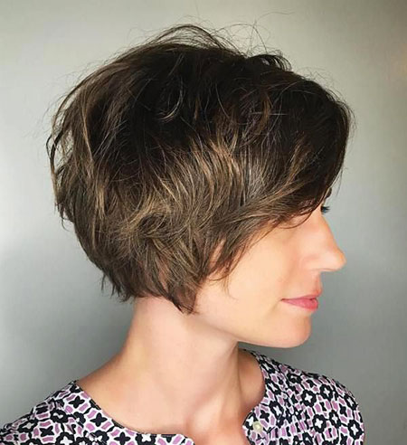 Pixie Short Bob Layered